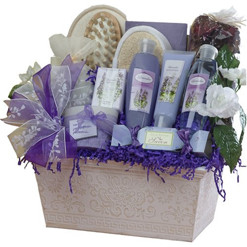 Gift Baskets For Womens Shelter : The essential gift guide for your favorite makeup artist