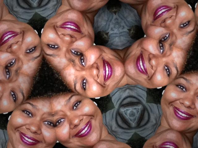 AfrobellaFallLips2