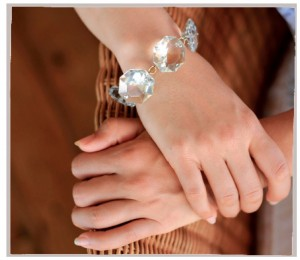 DIY Jewelry! Try This Beautiful, Easy to Make, Crystal Clear Bracelet