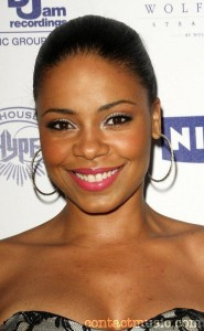 Sanaa Lathan beautiful summer makeup
