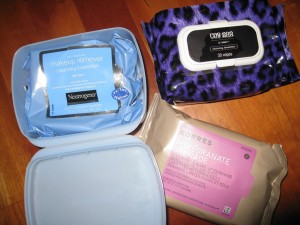A Few Of Our Favorite Drugstore Makeup Wipes