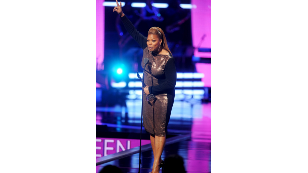 102613-shows-bgr-show-highlights-queen-latifah