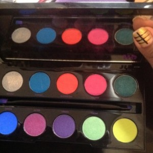 Urban Decay Electric Palette Eye Shadow colors