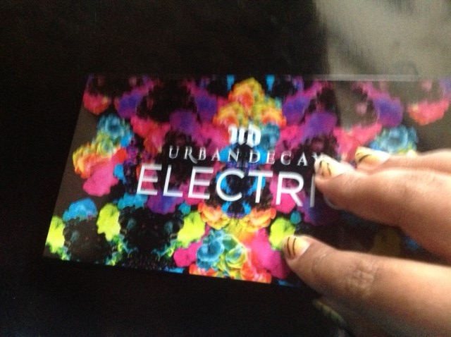 Urban Decay Electric Palette Eye Shadow open