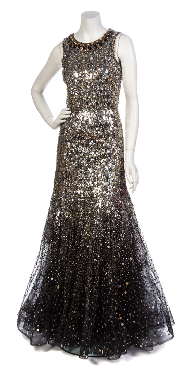 Ebony-at-LHA_An-Oscar-De-La-Renta-Sequined-Evening-Gown_RGB