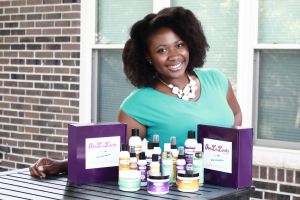 Totally Naturalicious –Gwen Jimmere Is Pure Inspiration AND Her Products ROCK!